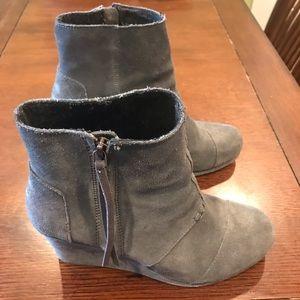 Toms Desert Wedge Gray boot
